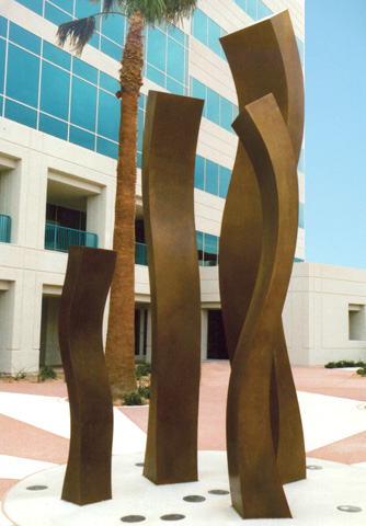 Image of large bronze sculpture.